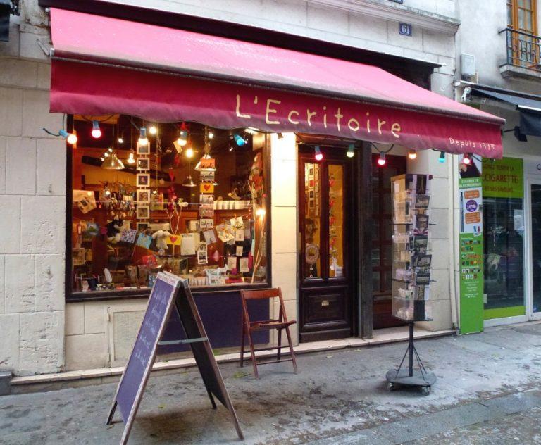Schreibwarengeschäft L'Écritoire in der Rue Saint-Martin | © Maria-Bettina Eich